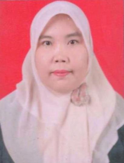 Hakim : Dwi Husna Sari, SHI